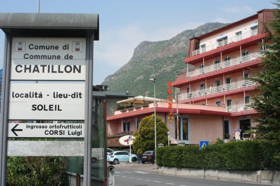 A Châtillon